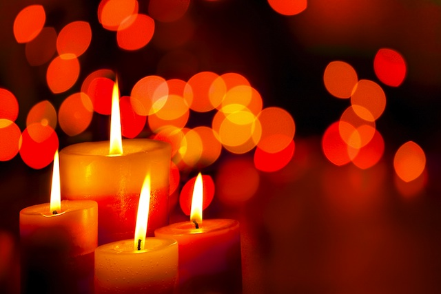 holiday-candles-78-winter-holidays-static-image2